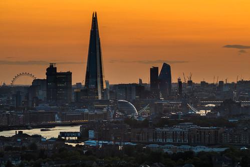 london theshard towerbridge londoneye riverthames canarywharf novotelcanarywharf rotherhithe oneblackfriars canon 70200mmf4lis lenskirt sunset