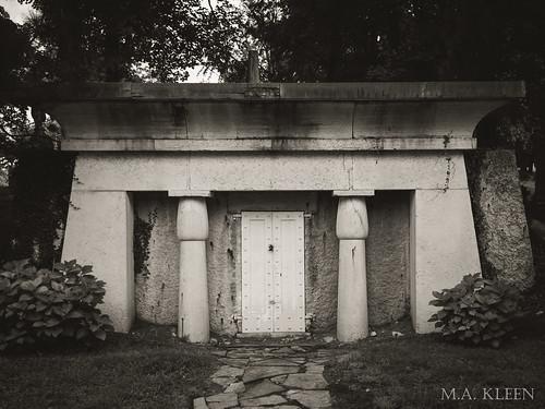 Woodland Cemetery Receiving Vault