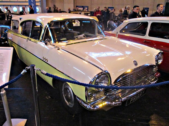 559 Vauxhall Cresta PADX Friary Estate (1961)