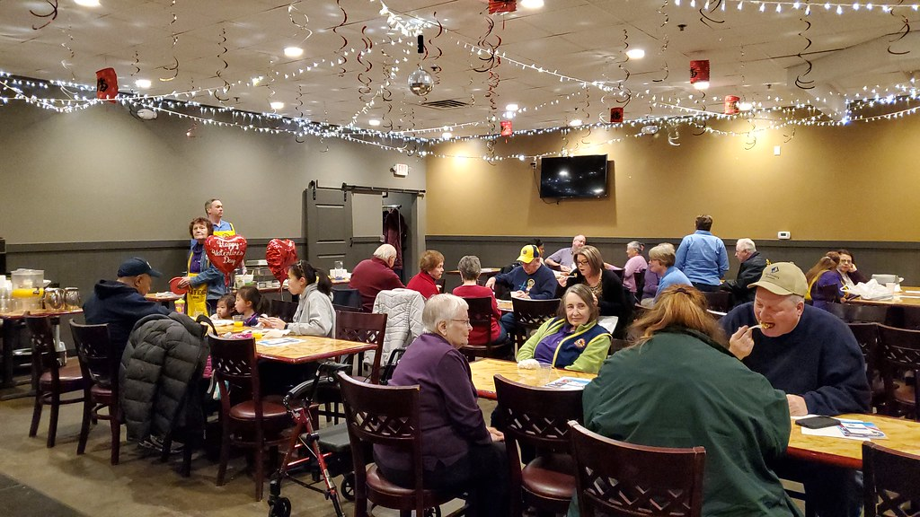 Henry's Place Hosts East Lansing Meridian Lions Club Fundraiser