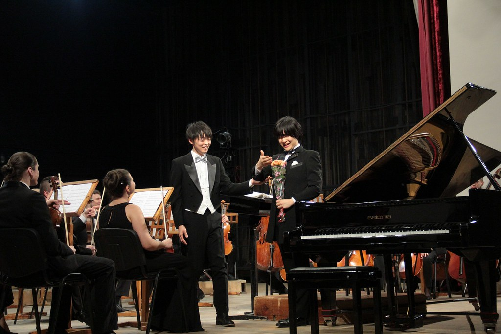 2020.02.15_Japan_musicians_with Philharmonia_Orchestra