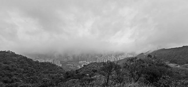 Cloudy foggy city    霧鎖都市