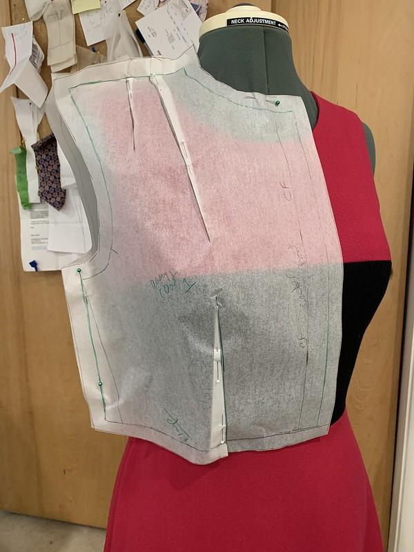 Coat pattern waistline