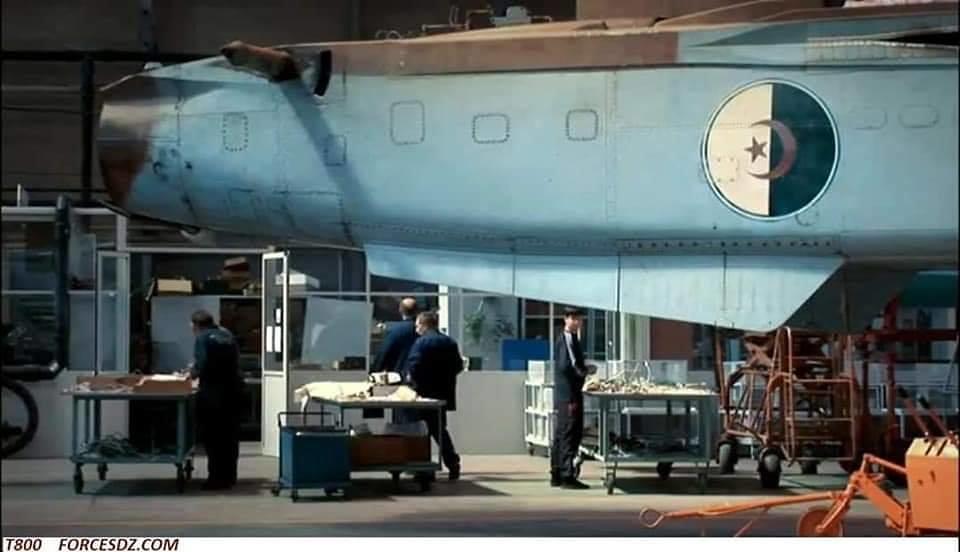 تحديث أول ستة قاذفات AAF Su-24 ، في مصنع 514 ARZ في Rzhev روسيا. 49539311092_0ef7e9020f_b