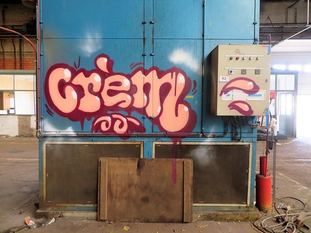 Crem / somewhere - 14 feb 2020