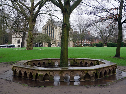Deans Park Garden