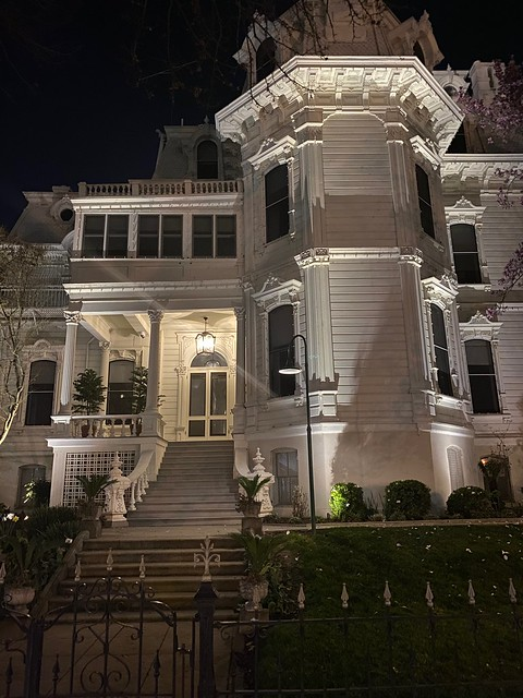Governor's Mansion at night