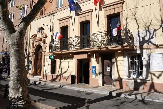 La Mairie de La Cadière d'Azur (F)
