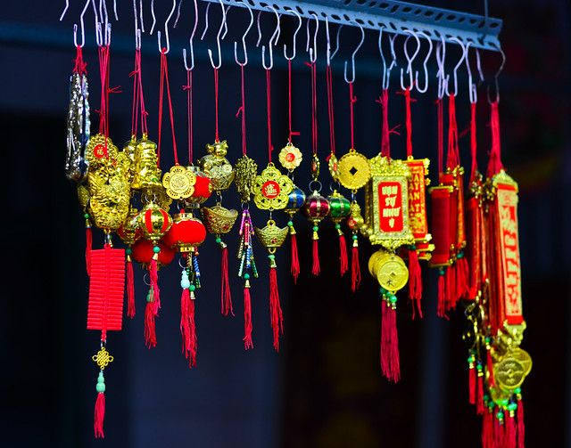Selling accessories for Lunar New Year
