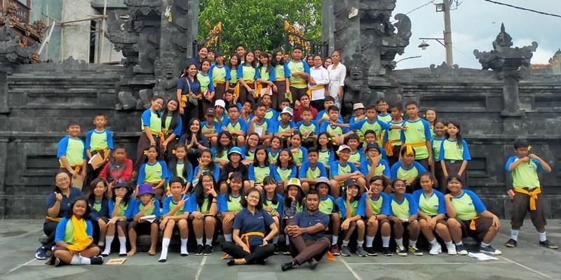 Kegiatan Studi Lapangan di Pura Kerta Jaya dan Kelenteng Konghucu Bio