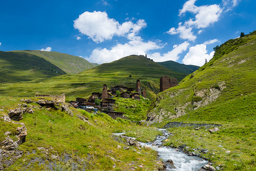 tusheti dartlo kakheti georgia defensive tower valley caucasus historic settlement stone mountains