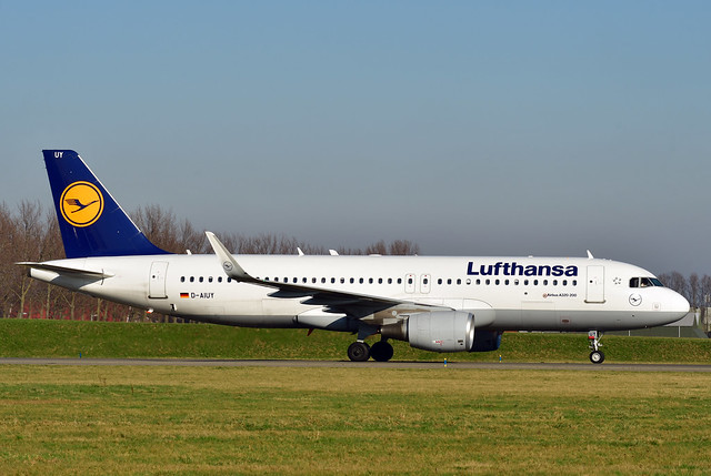 D-AIUY A320-214 cn 7355 Lufthansa 200207 Schiphol 1001