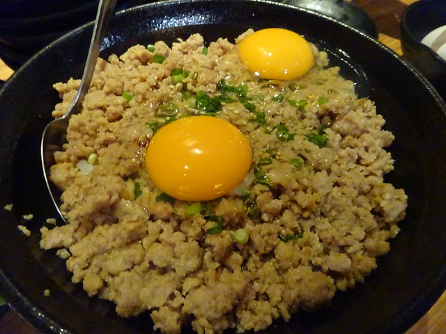 Extra large minced chicken and raw egg bowl