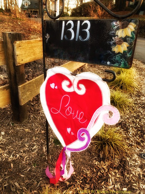 Street - Love in the 'hood.