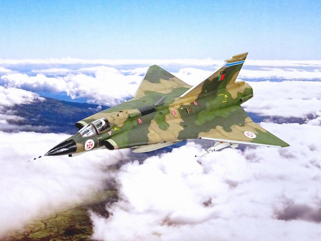 "172 Saab 35 FP ""Dragão Draken""; aircraft"