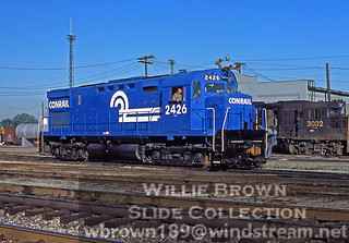 Alco C425 2426 in super fresh paint (which didn't last long on alcos) at Sharonville, Ohio on 06/10/77.