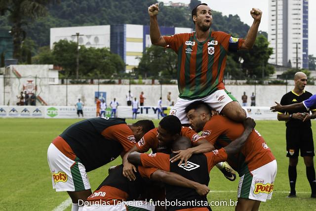 Portuguesa Santista 3 x 1 São Bento, partida válida pelo Paulistão A2 de 2020, disputada no dia 16 de fevereiro, no estádio Ulrico Mursa