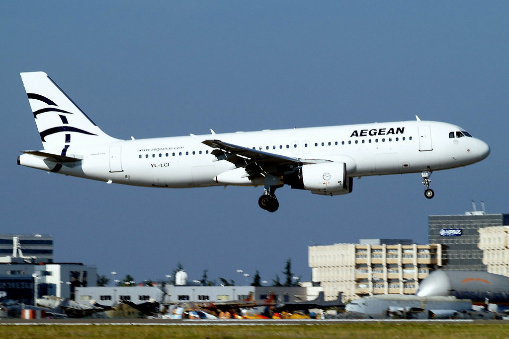 YL-LCI   Airbus A320-214 [0724] (Aegean Airlines) Toulouse-Blagnac~F 14/07/2011