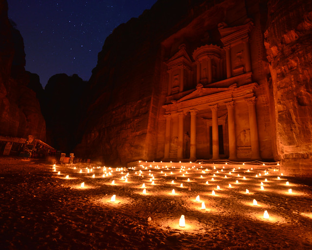 Petra by night, en Jordania