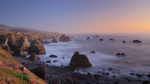 gleasonbeach sonomacoast pacificocean horizon pacificcoast rocks houses sunset landscape sonomacounty california