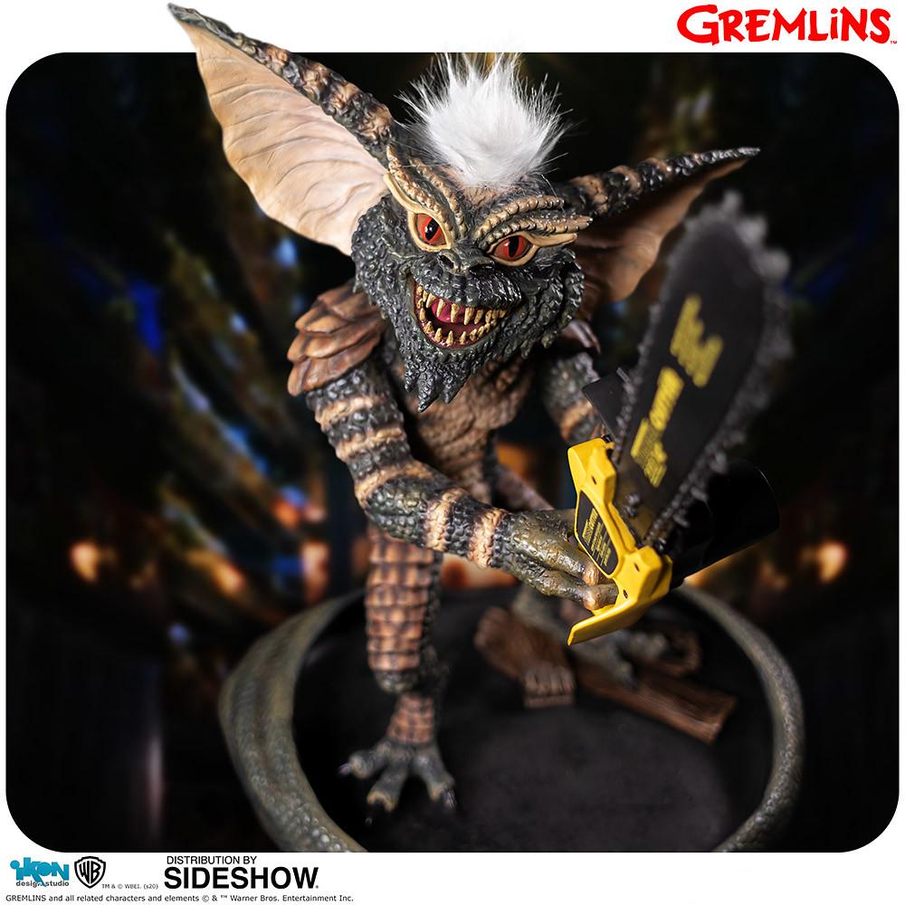 滿滿的暴戾之氣! Ikon Design Studio《Gremlins》拿著電鋸的邪惡小精靈 Gremlins Stripe with Chainsaw 1/2 比例全身雕像