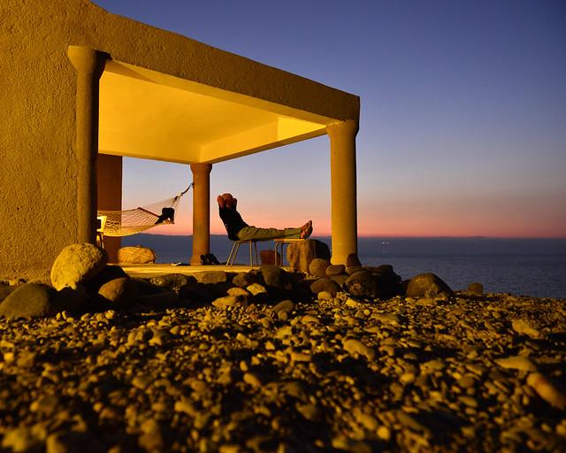 Atardecer desde nuestro alojamiento en el Mar Muerto
