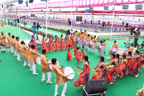 Marathi traditional dance by devotees