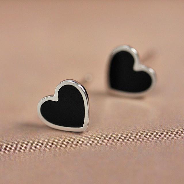 Elegant 100% 925 Sterling Silver Heart Shaped Stud Earrings for Women