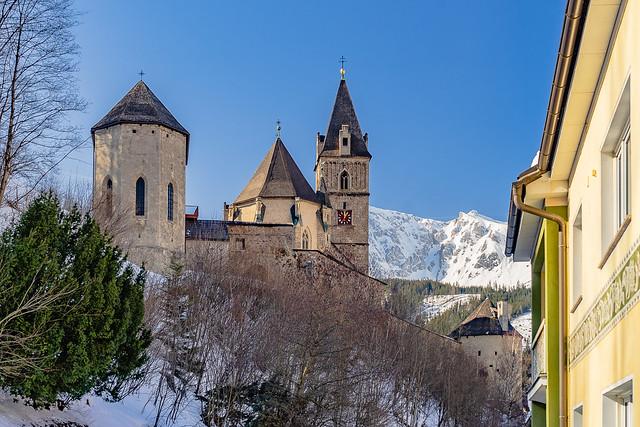 Church castle St. Oswald