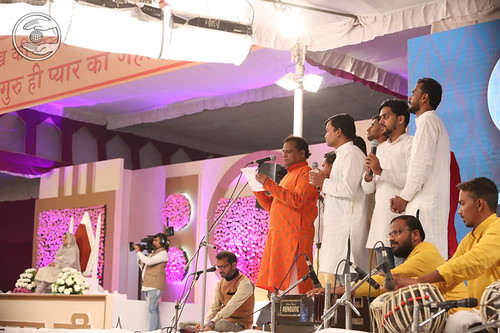 Devotional song by Jeevan Ji and Sathi, Delhi