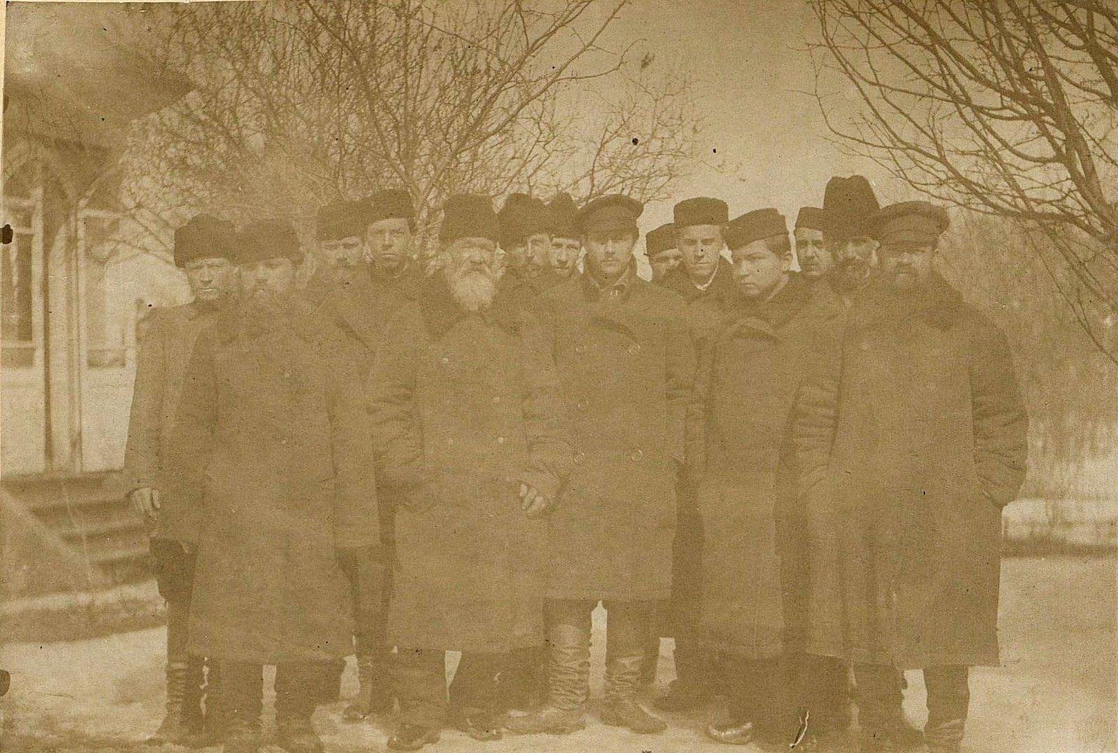 31. Сотрудники фирмы Завьяловых. 1890-е