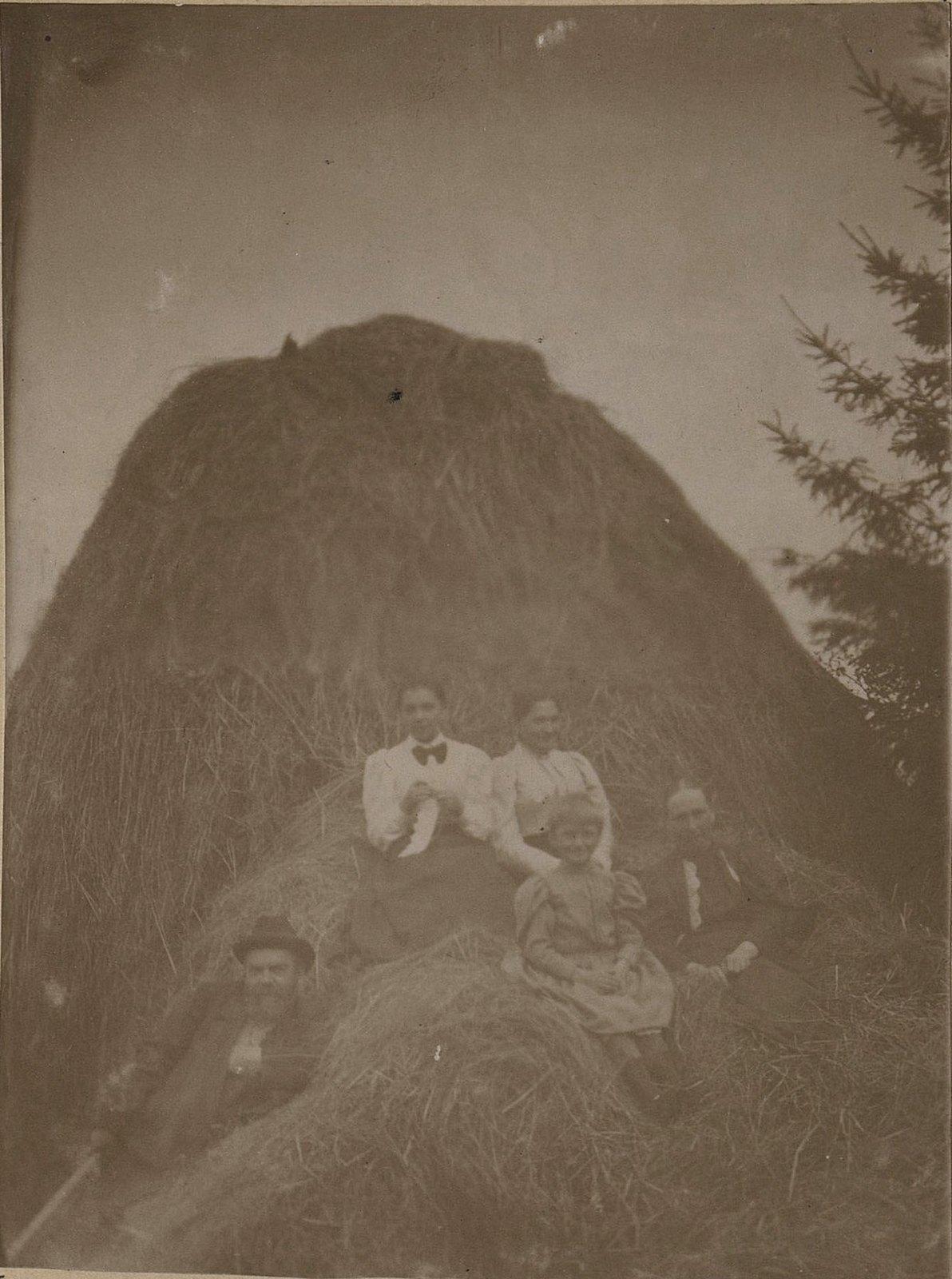 07. Члены семьи Савельевых. 1890-е