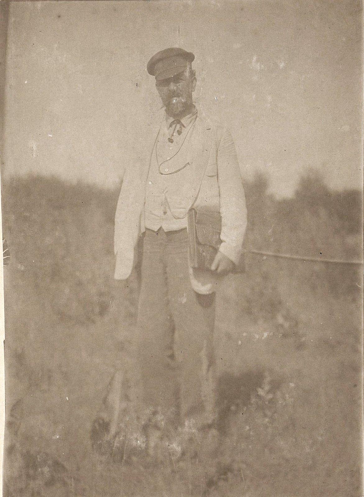 13. Иванов Иван Панфилович, главный бухгалтер завода Завьялова. 1890-е
