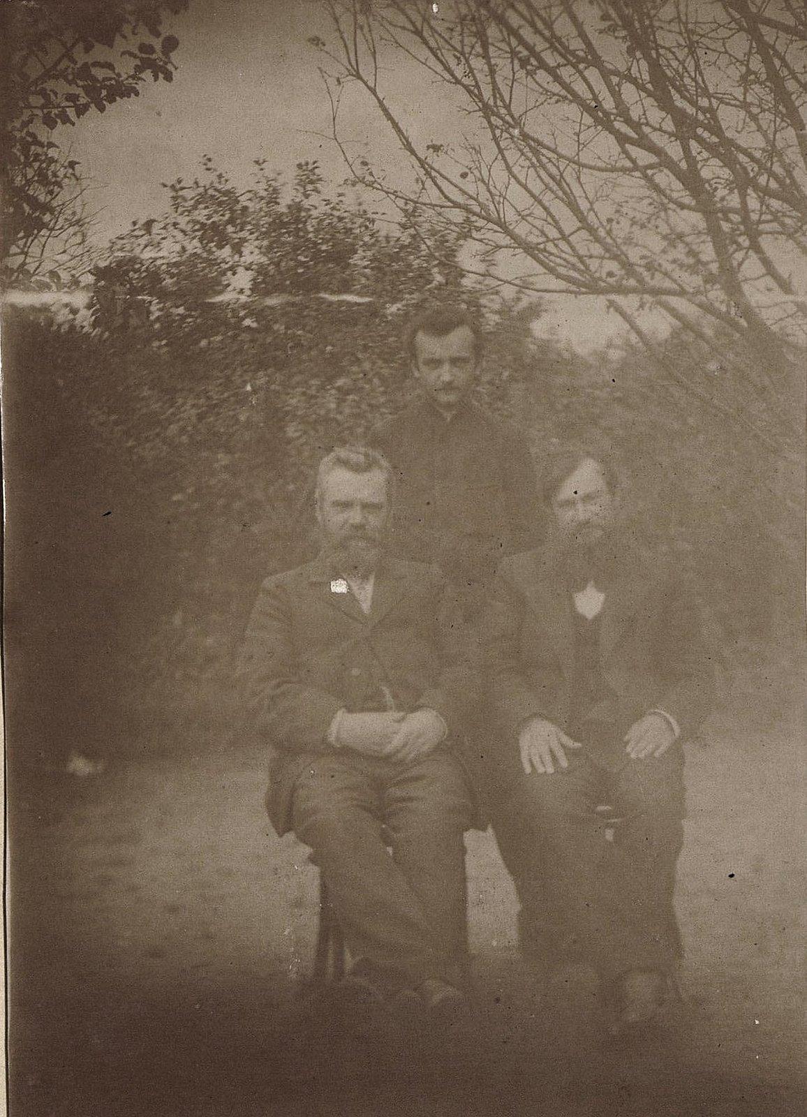 02. Трое неизвестных мужчин. 1890-е