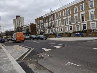 Informal crossing near Craddock St