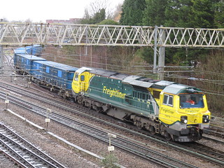 70016 on the Binliner at Heaton Norris / Stockport 13/02/2020