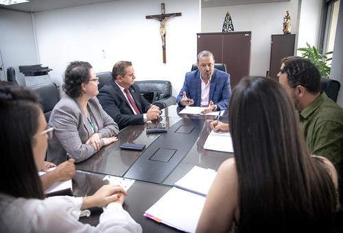 Reunião com o Conselheiro Renato Rainha e aprovados noconcurso da SEDES