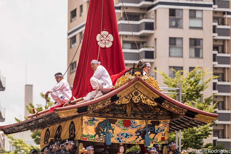 Detalles de la carroza Niwatori Hoko