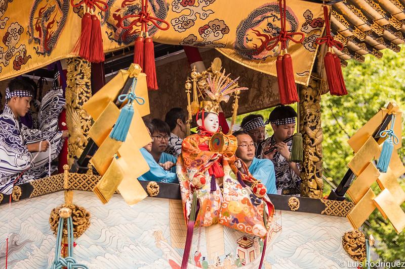 Marioneta de la carroza Hoka Hoko