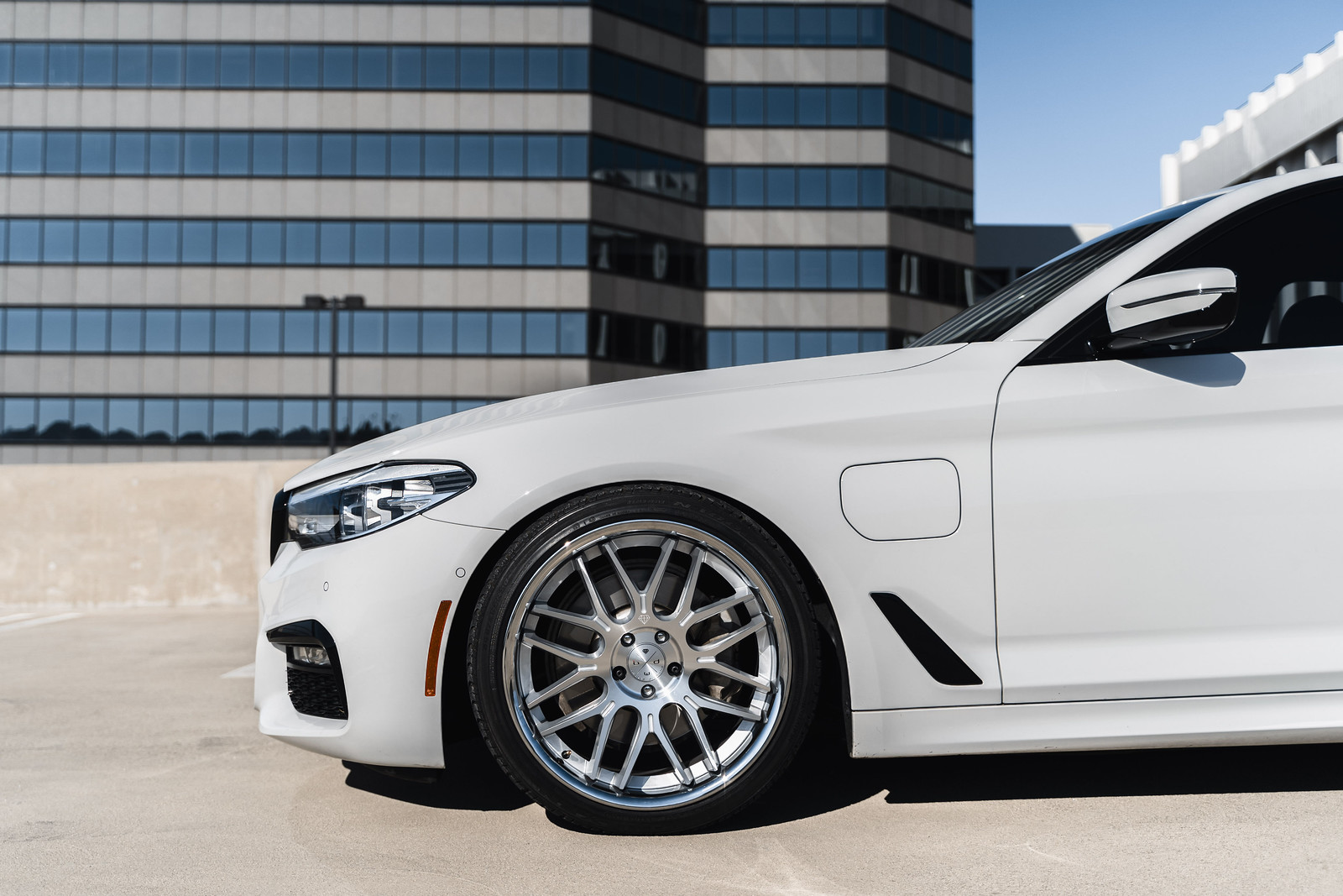 BMW_530i_E_Drive_BD27_Silver_5