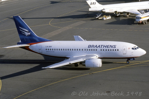 Braathens B737-505 LN-BRF at ENFB/FBU 06-10-1998 | by Ole Johan Beck