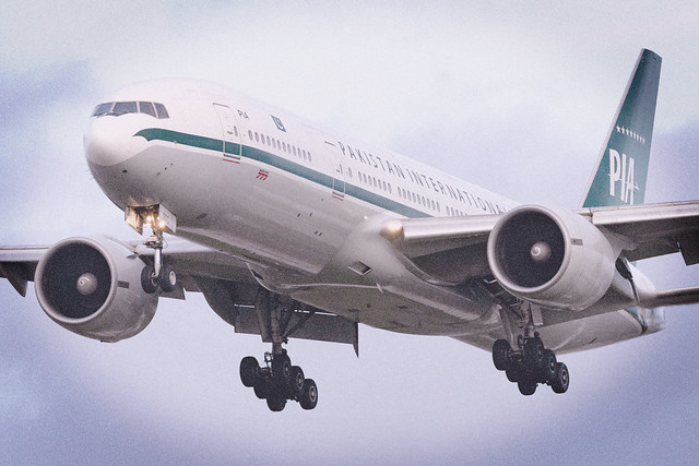 AP-BMG PIA Pakistan International Airlines B777-200 London Heathrow Airport