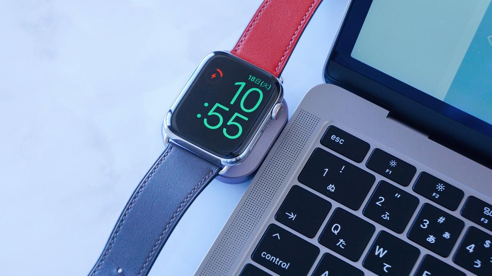 Apple Watchの充電中は時計としても利用可能