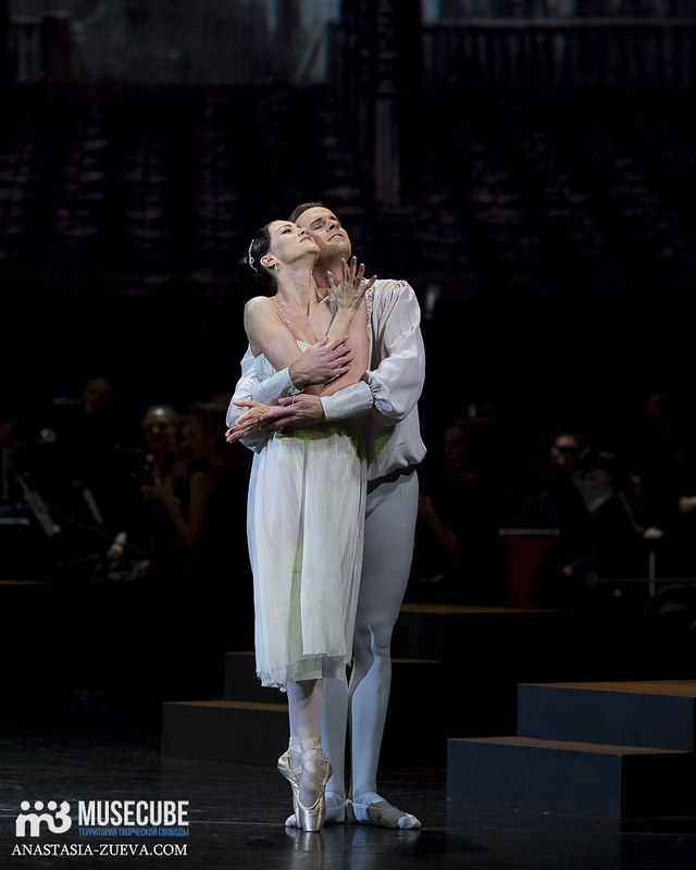 Teatralnoe_defile_Yudashkina-032