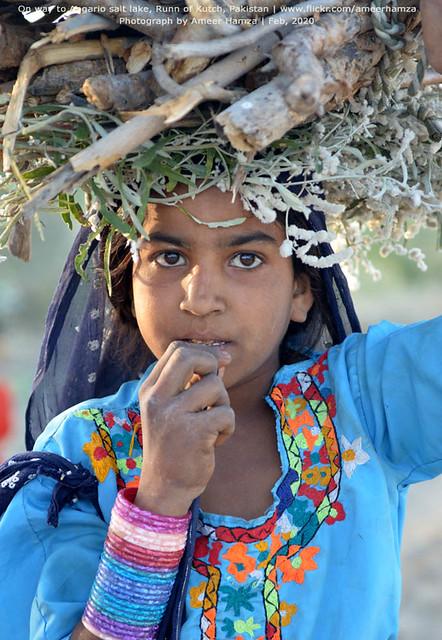 Girl, Angario village, Thar, Pakistan