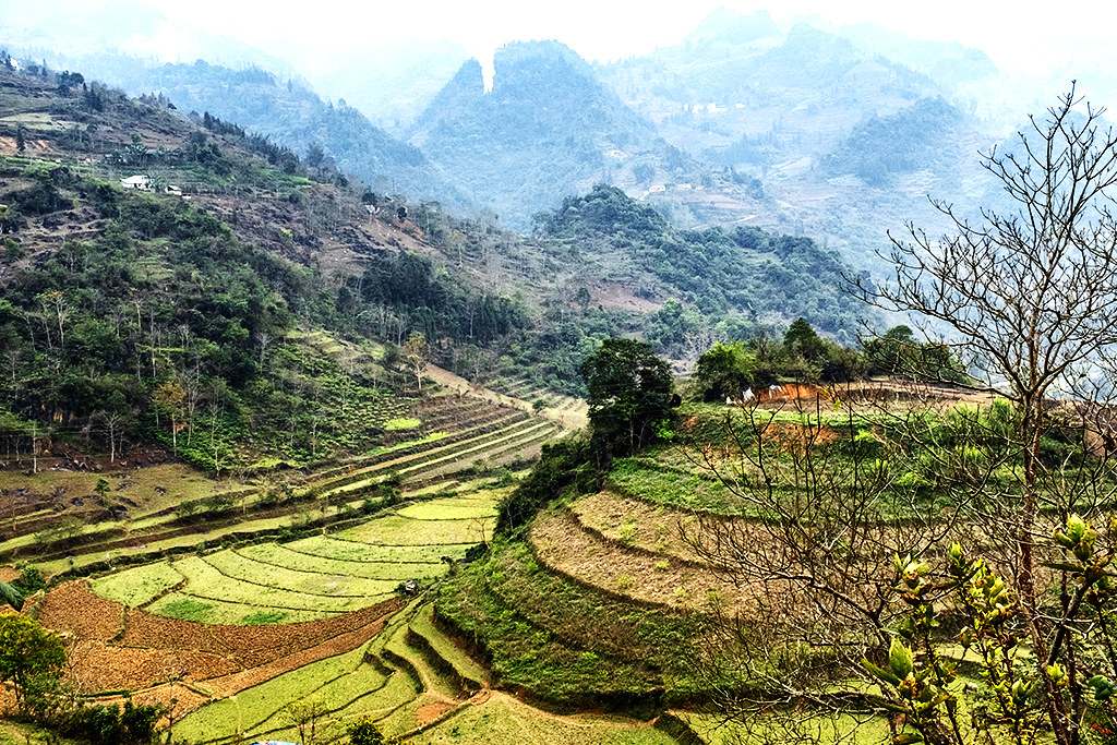 Countryside southwest of town--Si Ma Cai