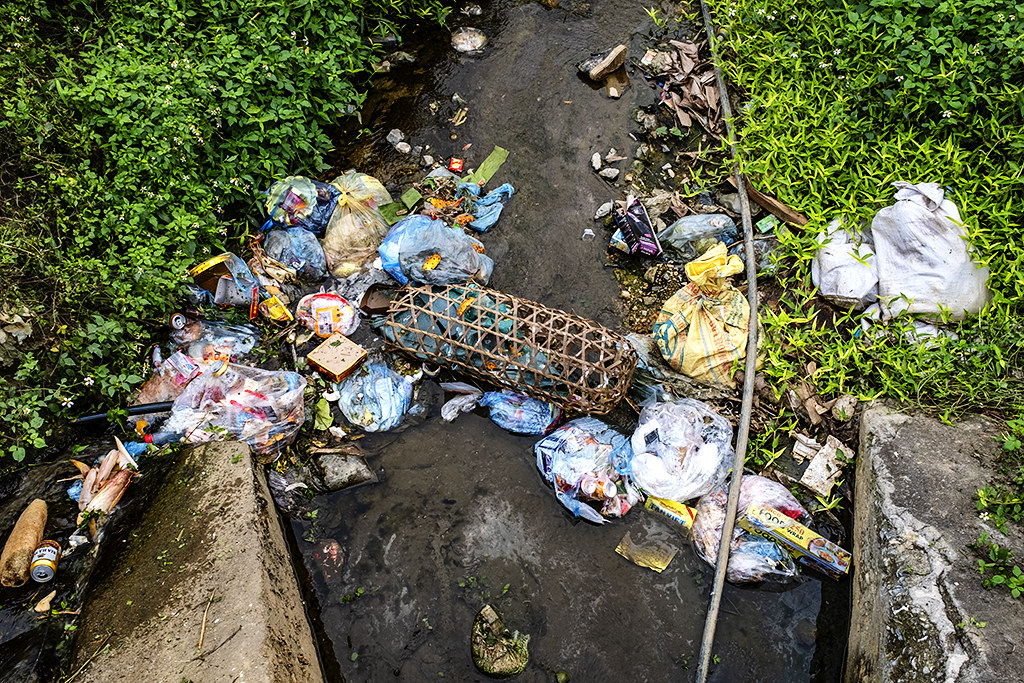 Garbage just west of town--Si Ma Cai