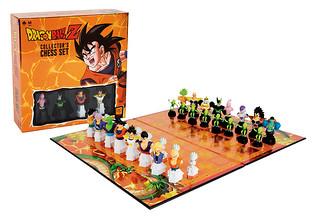 18款正反派角色一次收錄!桌遊品牌 usaopoly x《七龍珠Z》推出「七龍珠Z西洋棋組」(Dragon Ball Z™ Collector's Chess Set)
