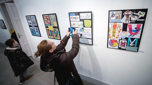 Nem középiskolás fokon - Kiállításmegnyitó