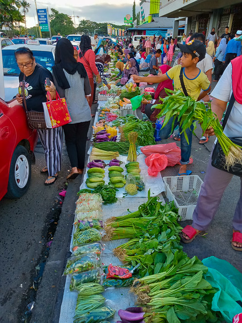 Market at Lahad Datu